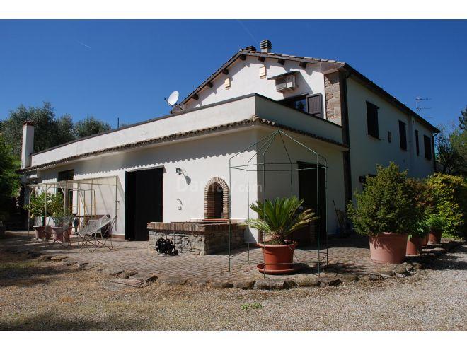 Vendita di Casa-Villa in Dovadola - Immobiliaregatti.it