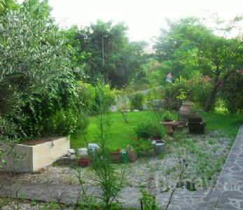 TRIBOLA Casa-Villa