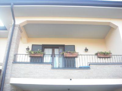 Vendita di casa-villa a neviano-degli-arduini